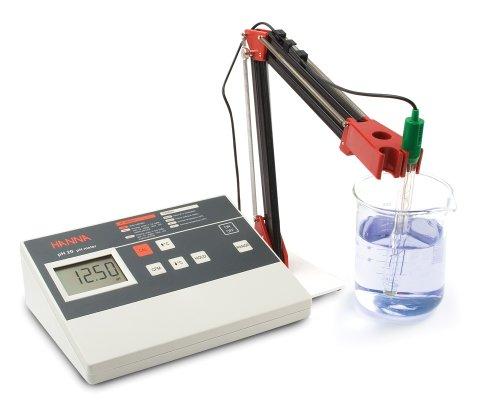 Hanna Instruments pH20-01 LCD Display Easy-Use Basic pH Benchtop Meter -002 pH Accuracy 001 pH Resolution 115V