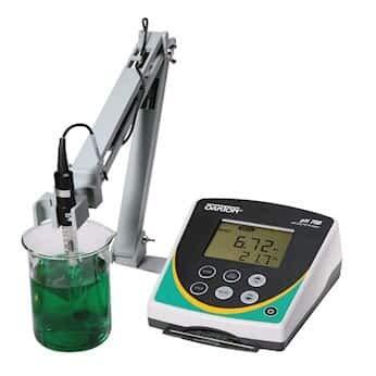 Oakton pH 700 Benchtop Meter Meter Only