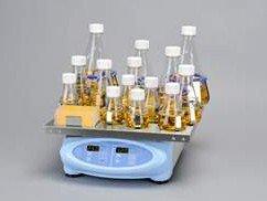 Thermo Scientific SHKE2000CO2 MaxQ Digital Orbital Shaker for CO2 Incubator 120V 5060 Hz 0°-40°C Temperature Range 159kg35lb Capacity